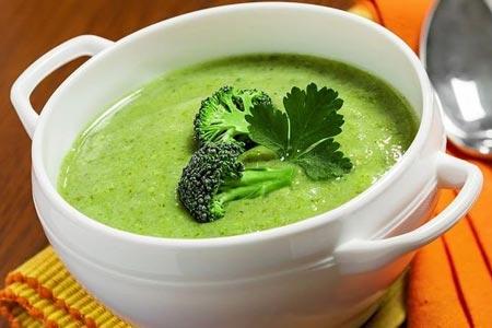 Рецепт: Зеленый сырный суп с брокколи