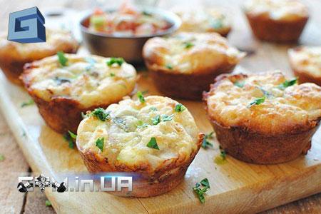 Рецепт: Куриные маффины с сыром