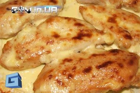 Рецепт: Куриная грудка запеченная в кефире
