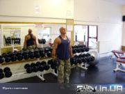 Упражнение: Шраги с гантелями