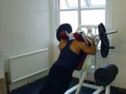 Упражнение: Обратные приседания в Гакке